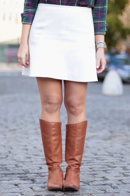 what to wear riding boots with, how do i wear riding boots, riding boots and skirts