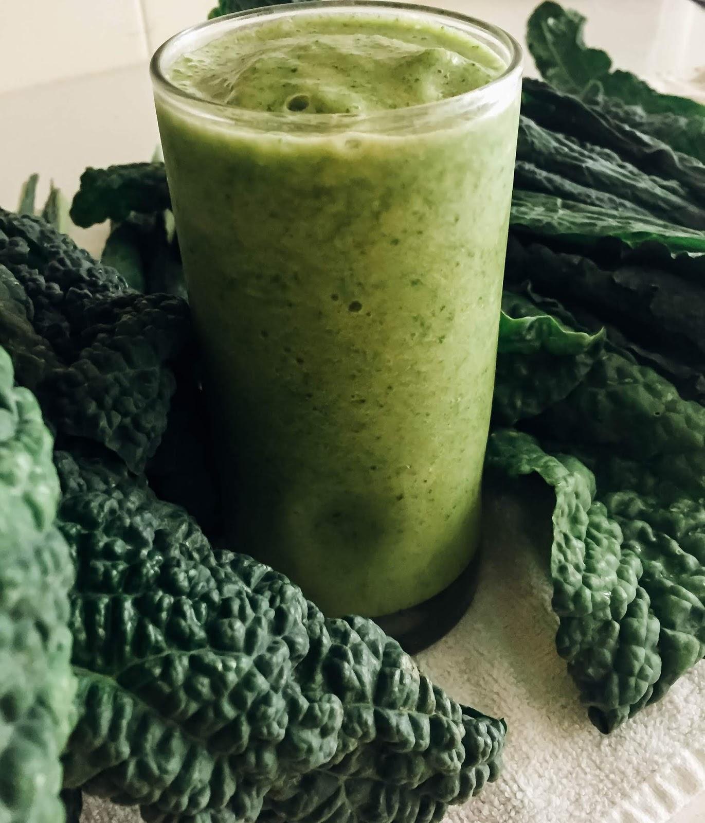 Easy Tropical Kale Smoothie recipe