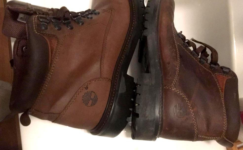 Jak skutecznie wyczyścić buty (Timbaland) z nubuku ?
