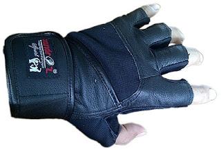 Tips Mudah Memilih Sarung Tangan Fitnes Yang Tepat,
