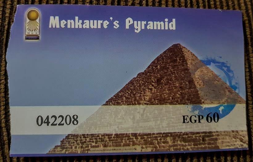 Ingresso para entrar na pirâmide de Miquerinos - Pirâmides do Egito por dentro: saiba como visitar