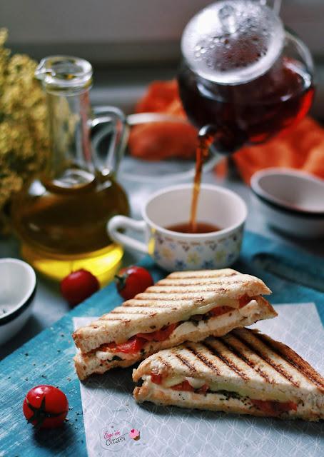 domatesli kekikli tost, denemeden geçmeyin