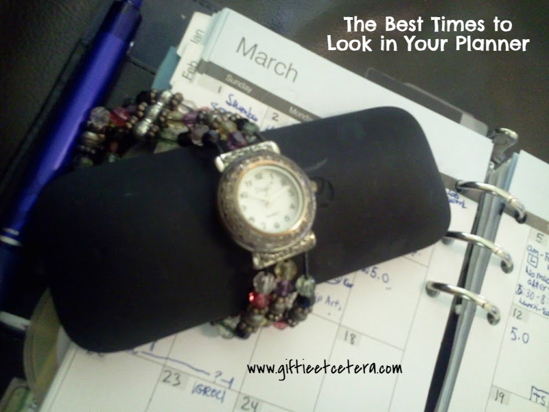 The Best Times to Look in Your Planner, planners, time management