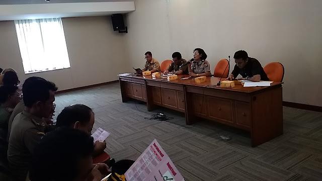 Kasat Binmas Polres Jakarta Barat Binlu Saber Pungli Jajaran Satpol PP