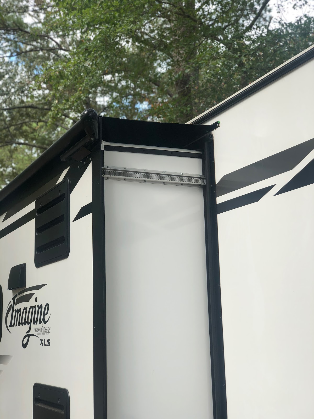 The Southern Glamper Installing An Rv Slide Awning