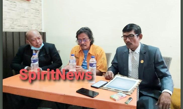 Kuasa Hukum M. Anwar Sanusi Gelar Conference Perss