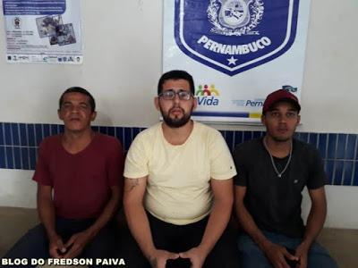 ARARIPINA - SOBRINHO MATA TIOS A FACADAS E ARRANCA A CABEÇA E ÓRGÃOS GENITAIS DE UM DELES NA SERRA DOS SIMÕES