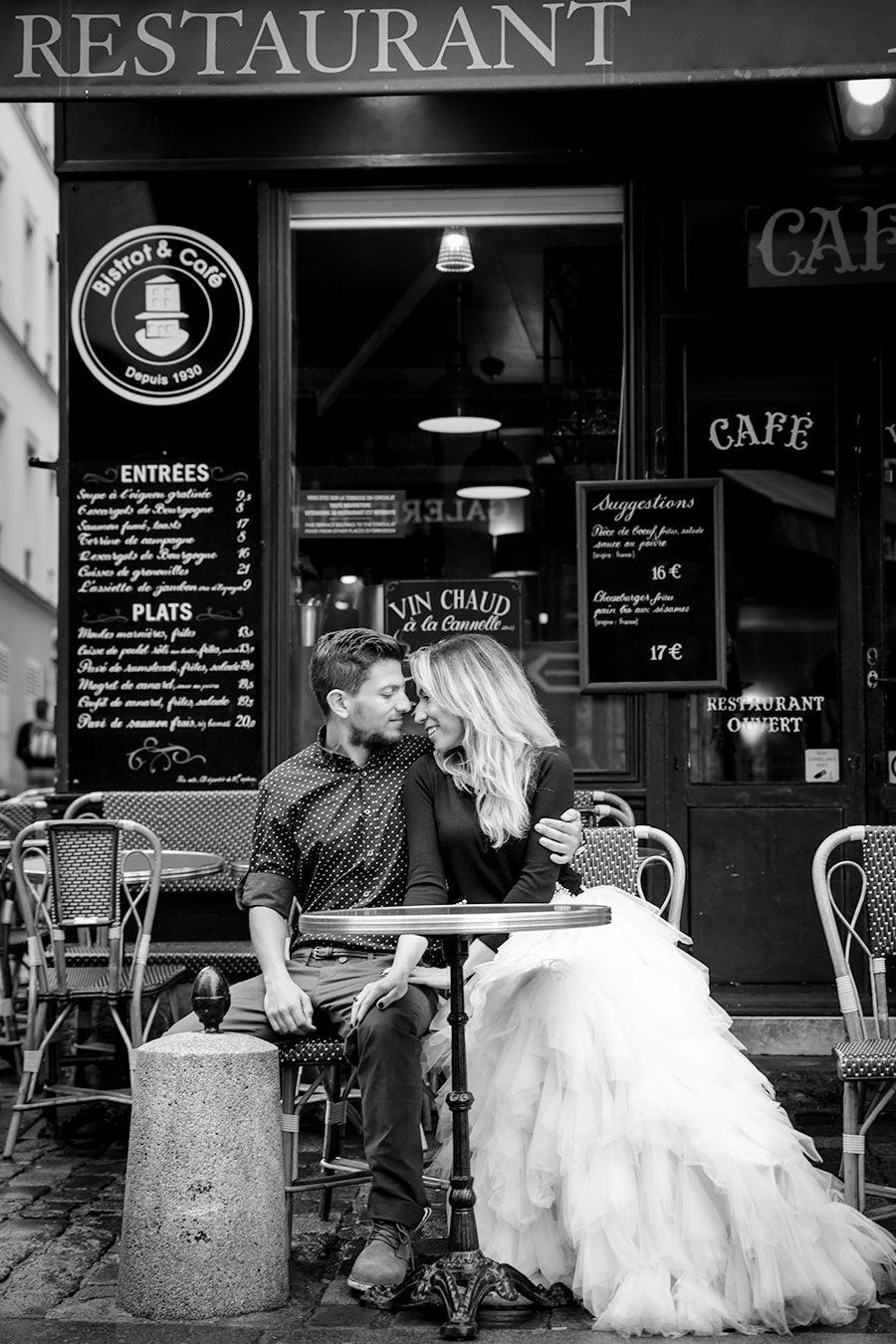 Love in Montmartre