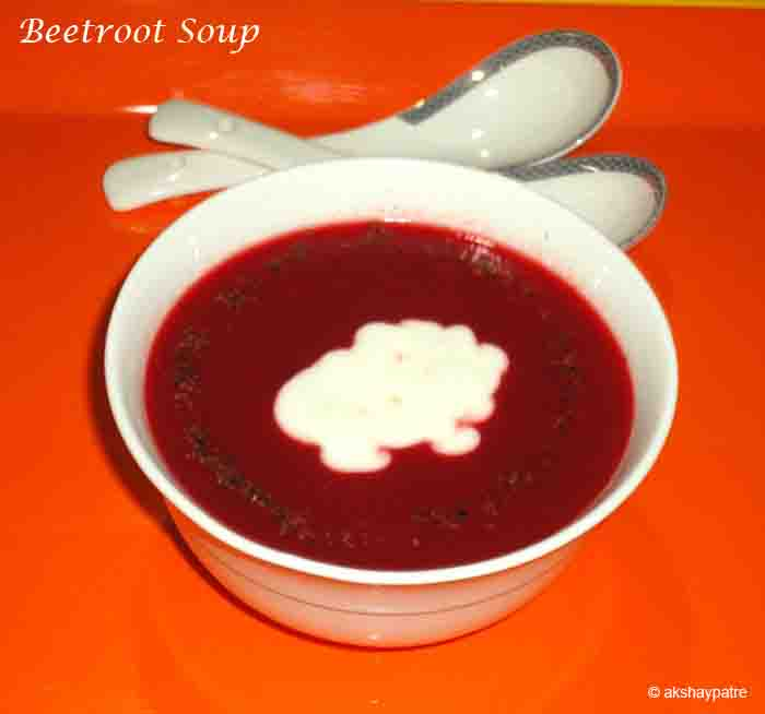 serve beetroot soup hot