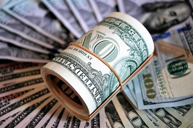 Доллар США снизился на сообщении о возобновлении переговоров по пакету стимулирования