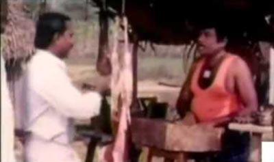 Goundamani Singing Nee Sollavidil yaar solluvar, Nilave