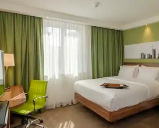 Desain kamar warna hijau mint