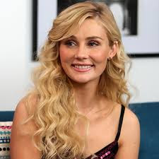 Clare Bowen Wikipedia, Age, Biography, Height, Husband, Family, Instagram