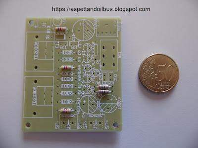 Fig.4 - I primi resistori montati - foto di Paolo Luongo