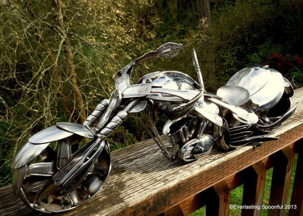10-Jim-Rice-Chopper-Motorcycle-Sculptures-made-from-Spoons-www-designstack-co