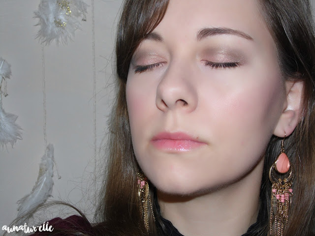 maquillage yeux couleur saumon