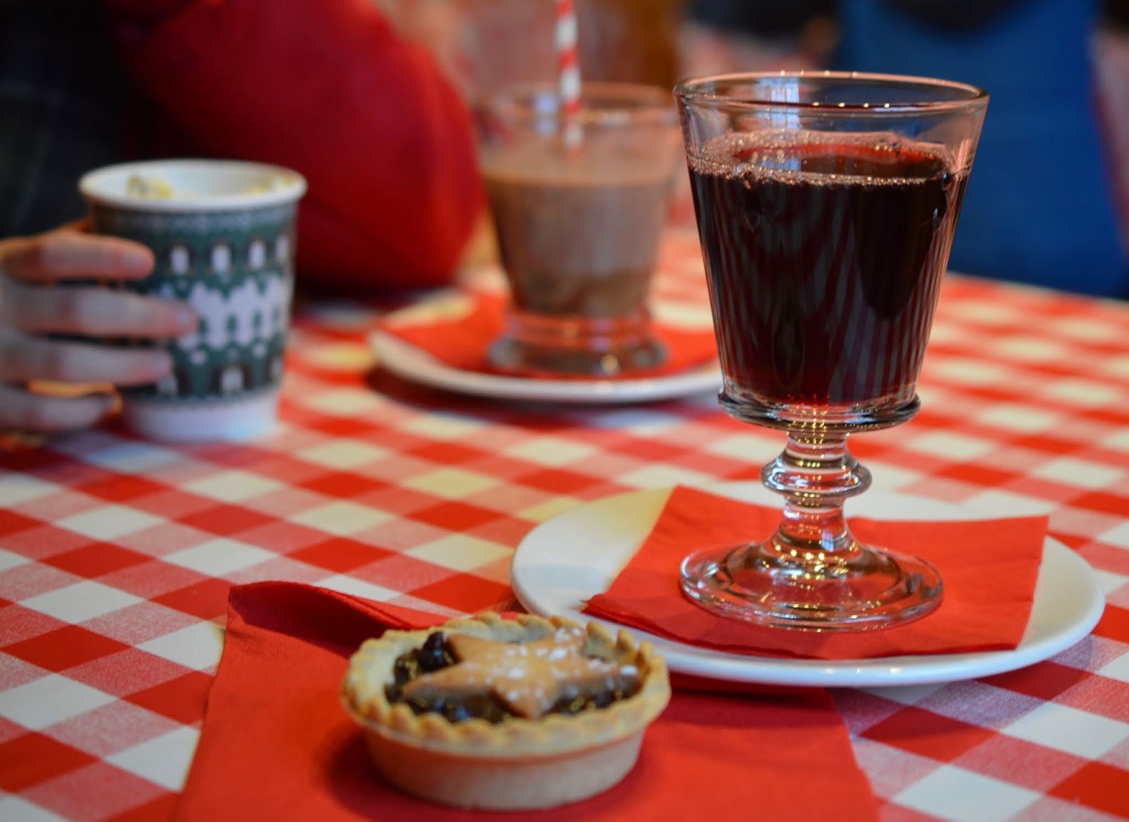 Santa on the Rooftop at Fenwick Newcastle | A Review  - mulled wine and mince pies in Claus' cafe