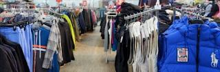 Belanja Pakaian dengan Harga Murah