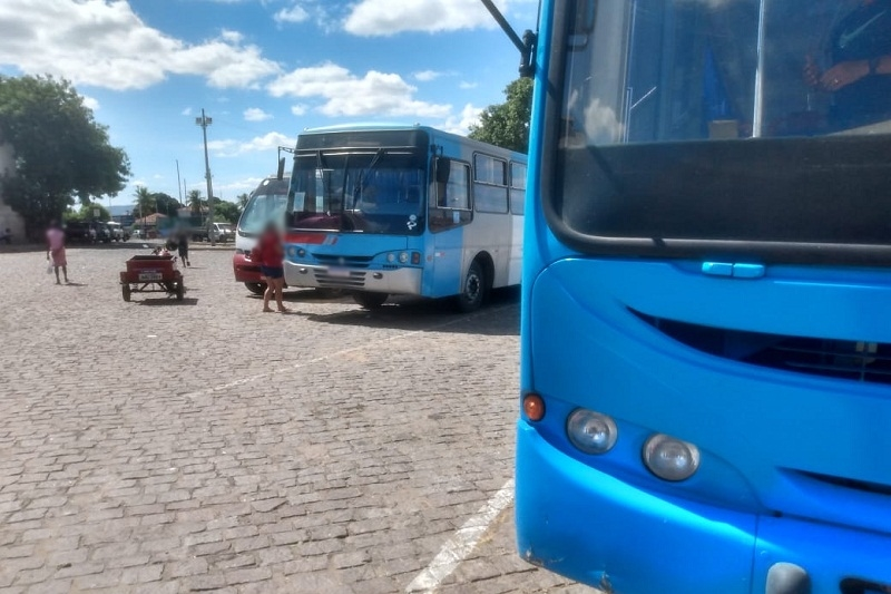 39-furtos-onibus-mercado-municipal-02