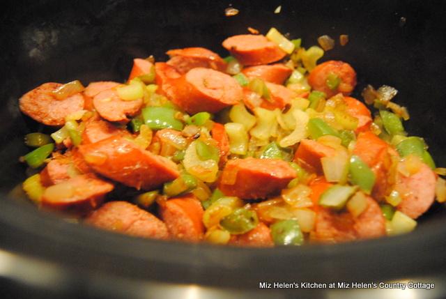Slow Cooker Sausage and Shrimp Jambalaya At Miz Helen's Country Cottage