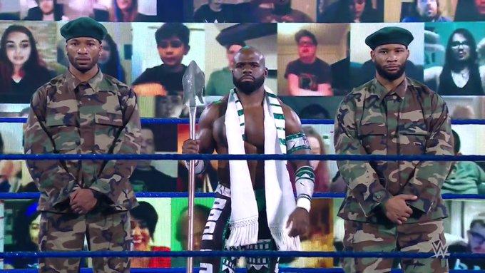 Apollo Crews estreia novo personagem no Friday Night SmackDown