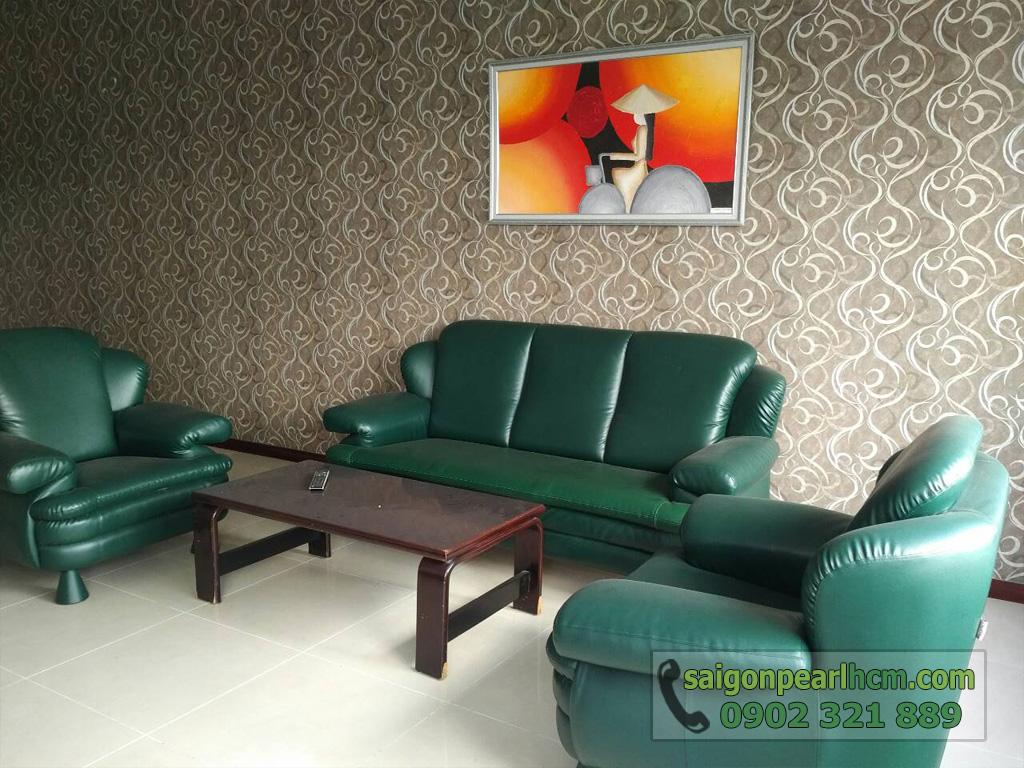 Saigon Pearl - Ruby 1 bán căn hộ 140m2 - sofa xanh ngọc tại phòng khách