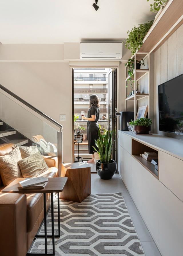 Prezzo fornitura 44.500 eur + iva. Piccoli Spazi Due Piani In 45 Mq Un Mini Appartamento Arredato Su Misura