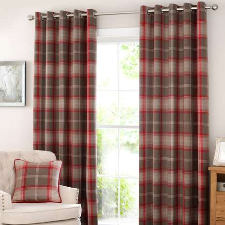 How To Make A Pinch Pleat Curtain Roll Up Room Dark Without Curtains Look Bigger With Round Shower Rod