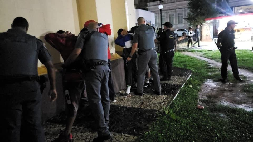Ação conjunta entre a PM e a Guarda Municipal combate o tráfico e o uso de drogas
