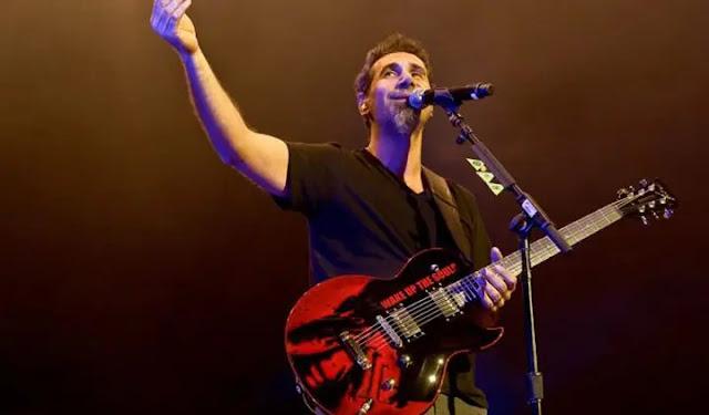 Guitarra de Serj Tankian se subasta en US$7500