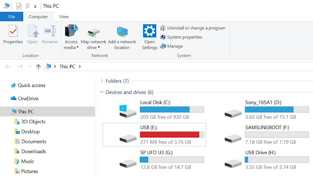 Windows 10 May 2019 Update Won't Install on Your PC if You Have an SD Card or USB Drive Plugged In