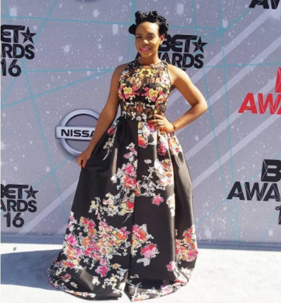 Yemi Alade rocks N2.5m  Zuhair Murad dress at 2016 BET awards