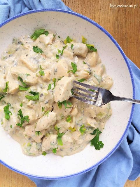 Kurczak w sosie z sera pleśniowego przepis