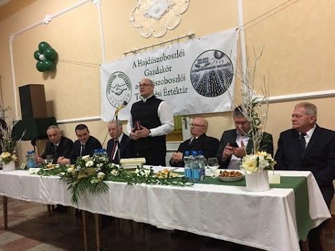 A hajdúszoboszlói gazdakör is inkább szeretné Czeglédit mint Sóvágót polgármesternek látni