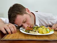 3 Hal Yang Menyebabkan Rasa Pusing Setelah Makan