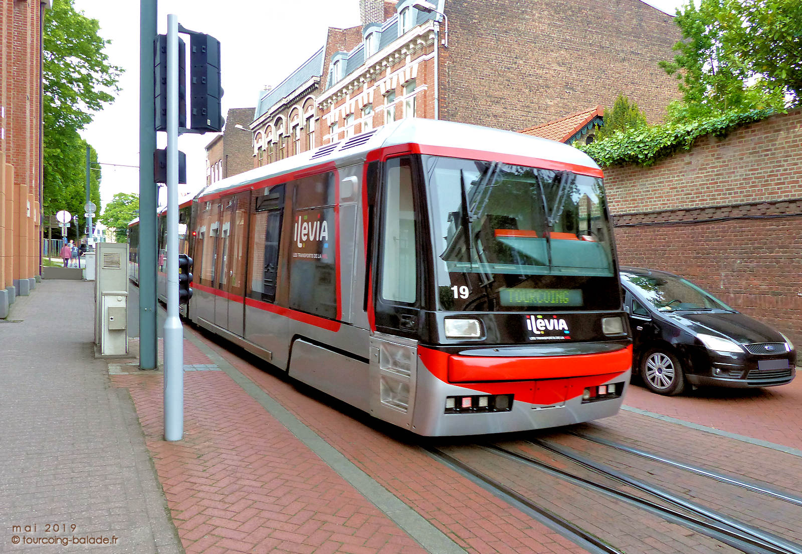 Rue Chanzy, Tourcoing - Tramway et Automobile.