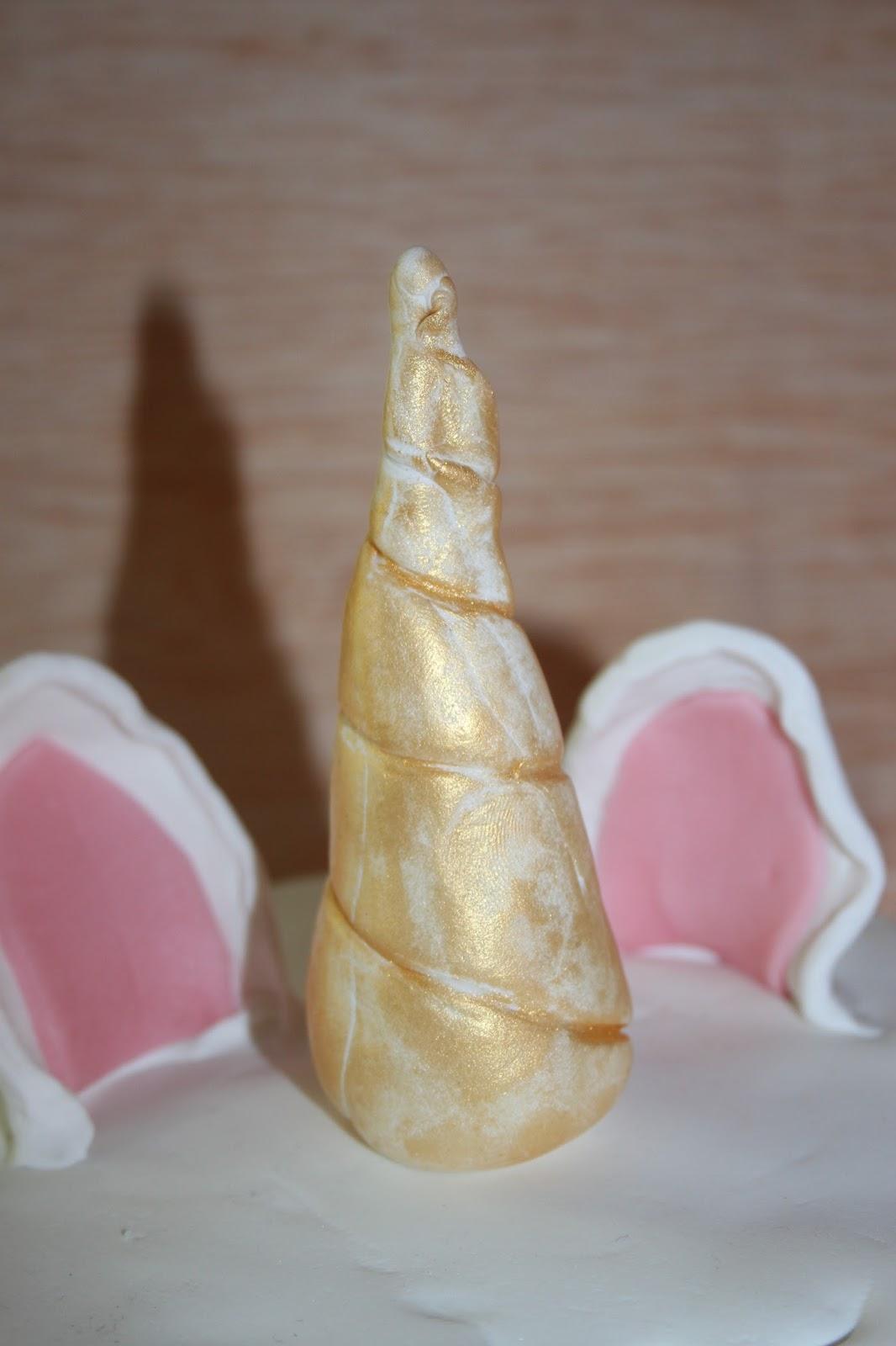 les diy de fishounette gateau licorne en p 226 te 224 sucre
