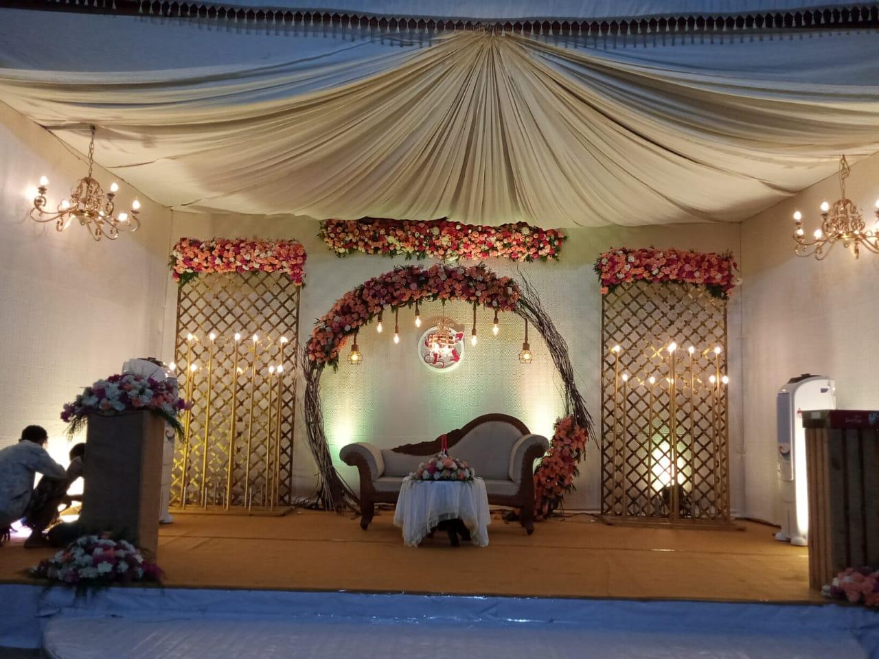 wedding stage decoration kerala 8943906399