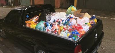Doar tampas plásticas para ajudar animais abandonados, castração e maus tratos