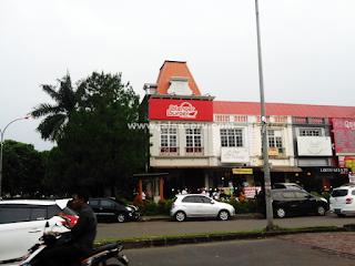 Wisata Kuliner Makan Burger Besar Harga Murah Di Blenger Burger