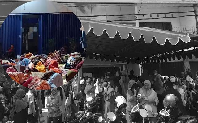 Penerima BLT di Lombok Langgar Prokes