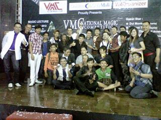 JASA MAGICIAN SURABAYA, JASA PESULAP DISURABAYA, JASA SULAP DISURABAYA, magician, Magician Jakarta, magician surabaya, pesulap, pesulap di surabaya, pesulap surabaya, STREET MAGIC SURABAYA, sulap, sulap di surabaya, Sulap surabaya,