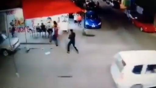 Sicarios de mentiras del CDSRL llegan por la espalda y en puesto de tacos le dan muerte ejecutando a Policía en Guanajuato