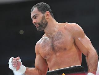Рахим Чахкиев на ринге