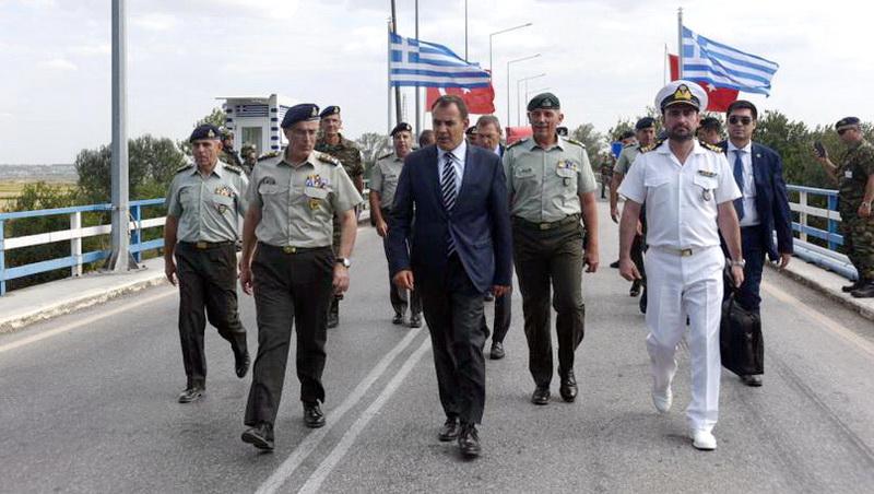 Σε Φυλάκια του Έβρου ο Υπουργός Εθνικής Άμυνας Νίκος Παναγιωτόπουλος