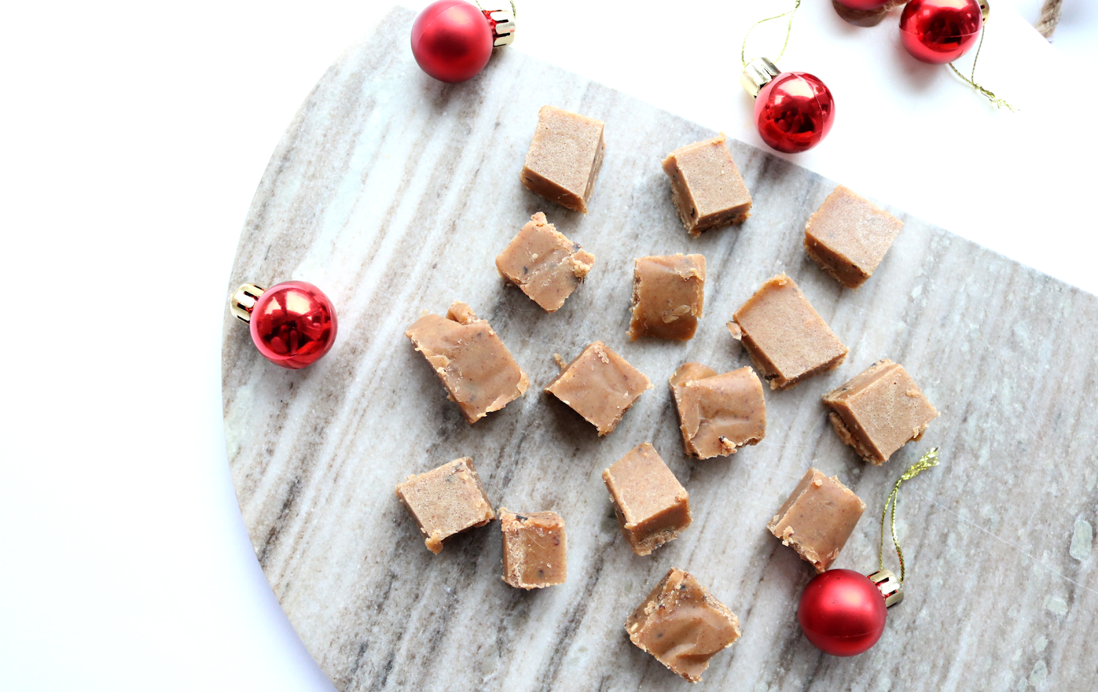 Almond & Cranberry Fudge (Vegan / Dairy-Free recipe)