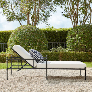 https://www.williams-sonoma.com/products/calistoga-outdoor-chaise/?pkey=s%7Cpatio%20furniture%7C124