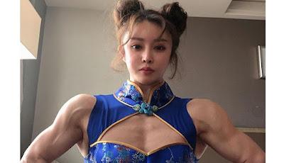Gambar Yuan Herong sang Cosplayer kekar