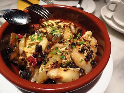 La Tapería, white asparagus truffle eggs