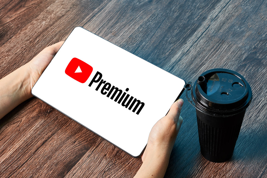 يوتيوب بريميوم والقهوة